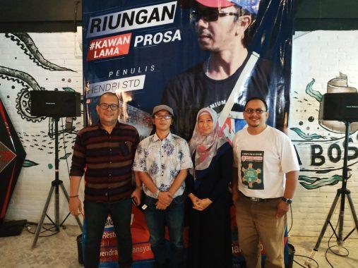 Peluncuran Novel #KawanLama Karya Hendri Std, Fitri Restiana: Cerita Menarik, Humanis, dan Romantis
