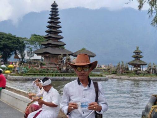 Rombongan PWI Tulangbawang Barat Jalin Kebersamaan di Bali Usai HPN di Surabaya
