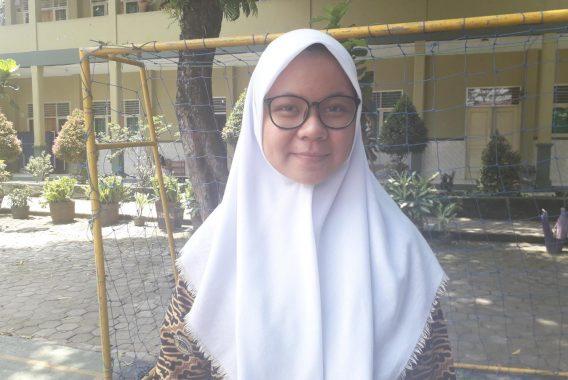 KPU Bandar Lampung Simulasi Pencoblosan di SMAN 5, Ini Kata Siswi Cintya Anindita