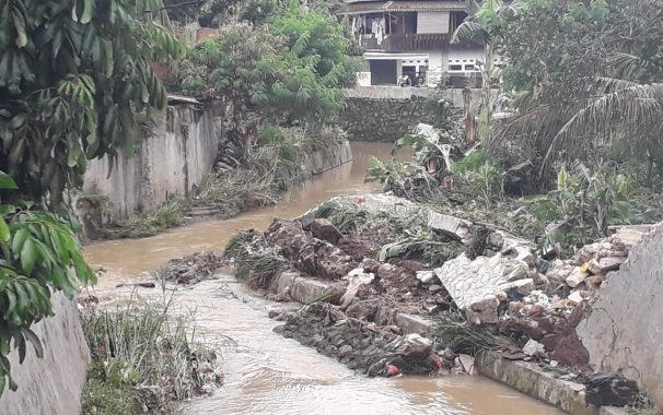 Empat Puluhan Rumah di Gang Lambang Labuhanratu Terkena Dampak Banjir