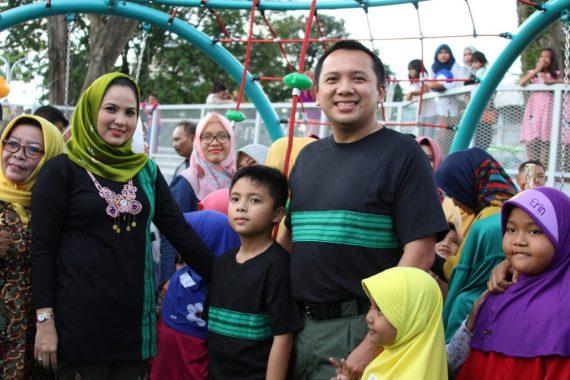 Gubernur Ridho Ficardo Resmikan Taman Bermain Anak di Taman Gajah Enggal
