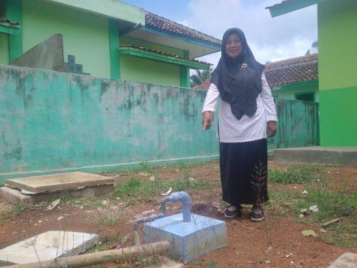 Dibantu Komite Sekolah, SMAN 1 Sendang Agung Pimpinan Srinu Manfaatkan Tinja Jadi Biogas