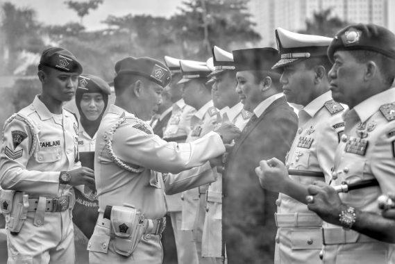 Gubernur Lampung Ridho Ficardo Jadi Warga Kehormatan Polisi Militer Angkatan Laut