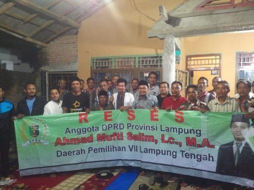 Mufti Salim Reses di Sendang Agung Lampung Tengah, Warga Ingin Jalan Diperbaiki