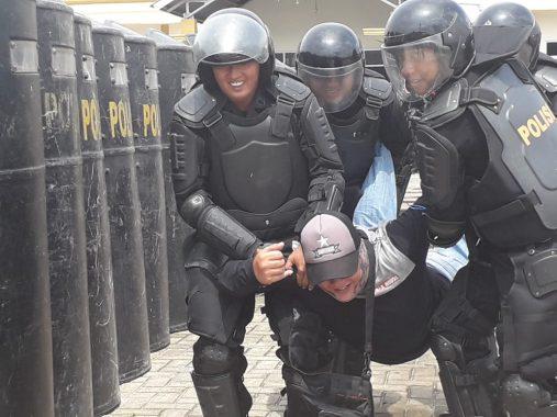 Empat Penjahat Rebut Kotak Suara di PKOR Way Halim Bandar Lampung