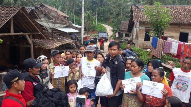 ACT Galang Donasi untuk Perlengkapan Sekolah Anak-Anak Korban Banjir Pugung Tanggamus