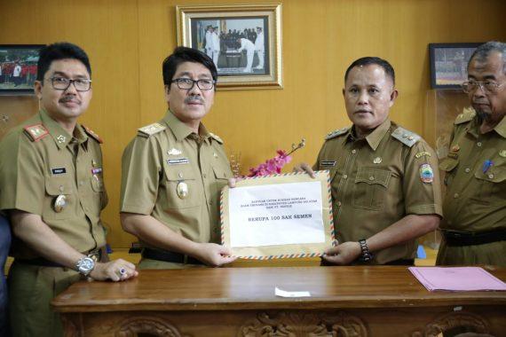 Pemprov Lampung Serahkan Bantuan Rp330,5 Juta untuk Korban Tsunami Selat Sunda