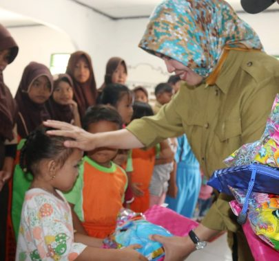 Bupati Lampung Barat Parosil Mabsus Ajak Warga Pilih Pemimpin Amanah
