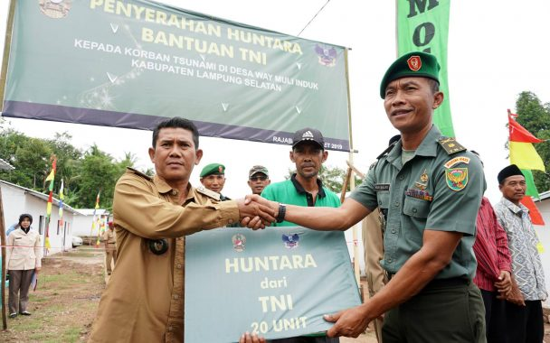 40 Huntara Bantuan TNI Diserahkan kepada Korban Tsunami Lampung Selatan