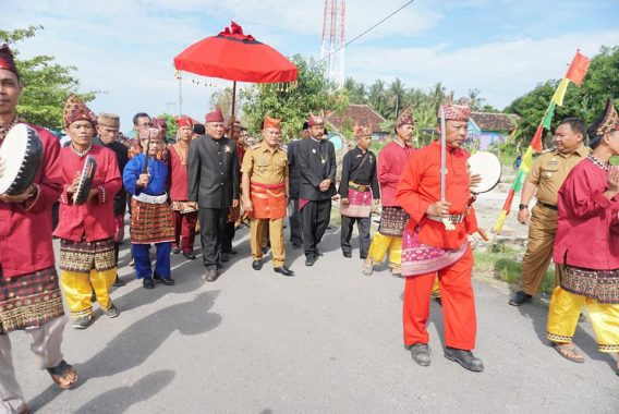 Musrenbang Kecamatan Rajabasa, Plt Bupati Lampung Selatan Diarak Khudat dan Pincak Lampung