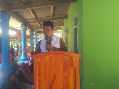 Mufti Salim Ceramah Isra Mikraj di Masjid An Nur Dusun Trinjono Kampung Terbanggiagung Gunungsugih Lampung Tengah