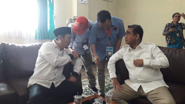 Ribuan Pendukung Prabowo-Sandiaga Padati GOR Saburai