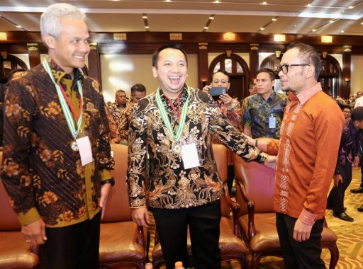 Gubernur Lampung Ridho Ficardo Raih Penghargaan K3