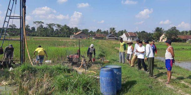 Antoni Imam Berharap Sumur Bor Desa Karanganyar Jatiagung Bisa Penuhi Kebutuhan Air Petani