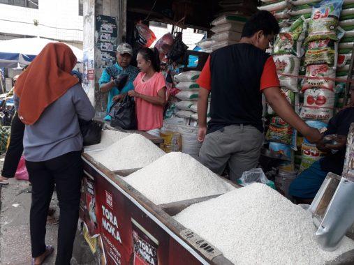 Stok Beras di Pasar Tugu Bandar Lampung Cukup dan Harga Stabil