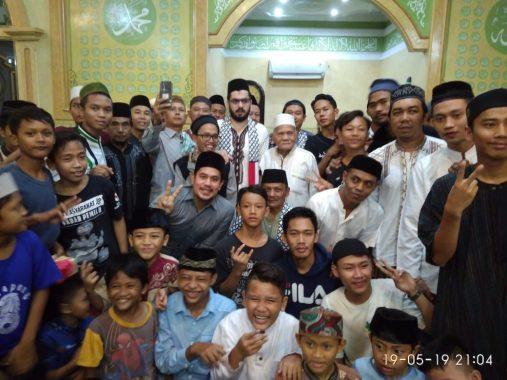 IZI Lampung Berbagi: Bik Jum Jadi Buruh Cuci Antarkan Cucu Sampai Sarjana