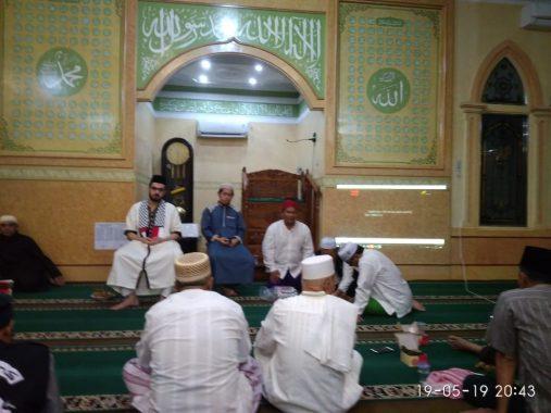 Roadshow Syekh Yahya Al Najjar-ACT Lampung di Masjid Al istiqomah Tanjungagung, Beberapa Syal Dilelang