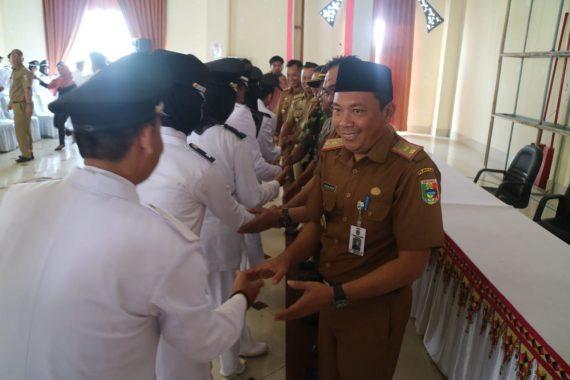 Seratusan Pejabat Kepala Pekon Se-Tanggamus Dilantik