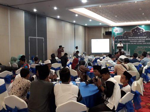 OJK Lampung Buka Puasa Bersama Jurnalis
