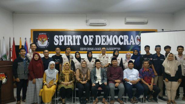 KPU Bandar Lampung Buka Puasa Bersama Relawan Demokrasi