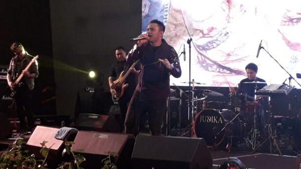 Malam Penglepasan Gubernur Lampung Ridho Ficardo di Novotel, Judika Hibur Ratusan Penonton