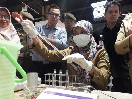 Satgas Pangan Lampung Periksa Sayuran Kandung Pestisida di Pasar Tugu