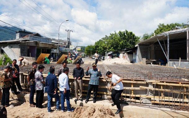 Nanang Ermanto Cek Persiapan Cor Beton Jembatan Patriot Kalianda