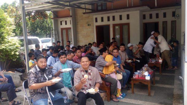 Ketua Umum PKS Lampung Mufti Salim Gelar Open House, 5 Mahasiswi Papua Hadir dan Nikmati Nasi Kebuli
