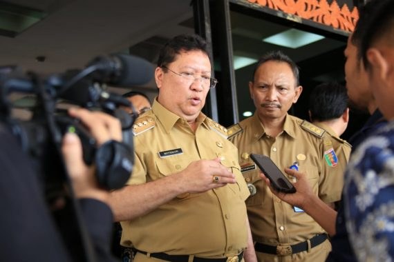 Jadi Pembina Upacara, Pj Gubernur Lampung Boytenjuri Ucapkan Selamat Idul Fitri
