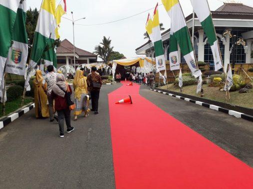 Jalan Dr Susilo Depan Mahan Agung Ditutup, Warga Siap Sambut Gubernur dan Wakil Gubernur Arinal Djunaidi-Chusnunia