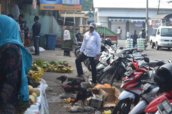 Sekda Tanggamus Sidak Pasar Kotaagung, Minta Dinas Kebersihan Selesaikan Masalah Sampah