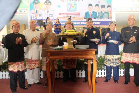 Paripurna Istimewa Hari Jadi Kabupaten, Bupati Agung Ilmu Mangkunegara Paparkan Prestasi Lampung Utara