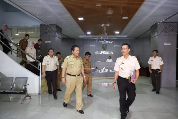 Gubernur Lampung Arinal Djunaidi Sidak ke Badan Pendapatan Daerah