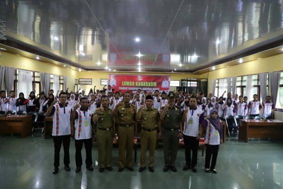 Bupati Lampung Barat Parosil Mabsus Buka Lomba Keluarga Sadar Hukum