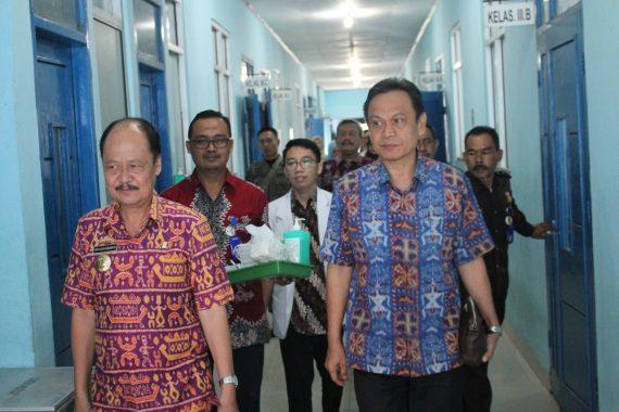 Gubernur Arinal Djunaidi Minta RSUDAM Beri Pelayanan Maksimal untuk Sumarji Penderita Stevens johnson