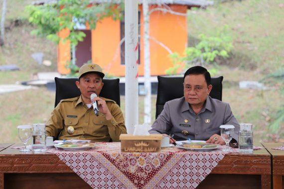 Bupati Lampung Barat Parosil Mabsus Lanjutkan Penataan Kota Liwa