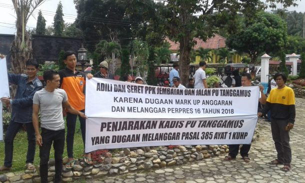 Keluarga Besar Haji Syahroni Minta Pembangunan Jembatan Way Tebu Senilai Rp3,8 Miliar Disetop, Diklaim Belum Tuntaskan Ganti Rugi Lahan