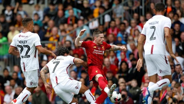 Liverpool Pukul Bradford City 3-1