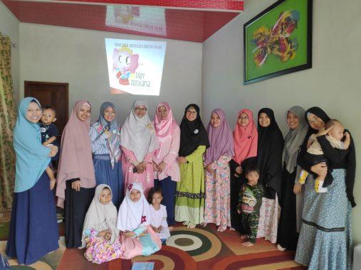 Penulis Nasional Asal Lampung Fitri Restiana Ajak Emak-Emak Nulis Cerita Anak