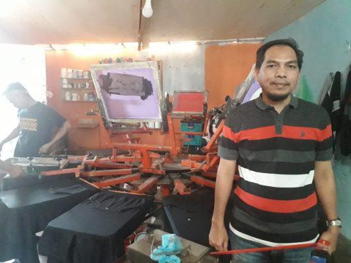 Rumah Kreatif46 Inisiasi Raden Awang, Berawal dari Curhat Pemuda Pengangguran Kini Punya Omzet Lumayan
