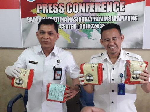 BNN Lampung Gagalkan Penyelundupan Sabu-Sabu 7 Kg Asal Aceh