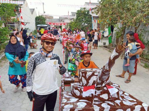 Ketua Komisi 4 DPRD Bandar Lampung Handrie Kurniawan Ikuti Lomba Sepeda Hias HUT RI Ke-74