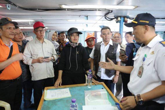 Wakil Gubernur Lampung Chusnunia Chalim Sidak 2 Kapal Asing