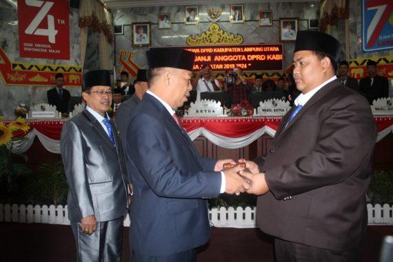 Anggota DPRD Lampung Utara Diambil Sumpah