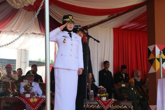 Advertorial: Pemkab Tanggamus Selenggarakan Peringatan Detik-Detik Proklamasi Kemerdekaan RI, Bupati Dewi Handajani Inspektur Upacara