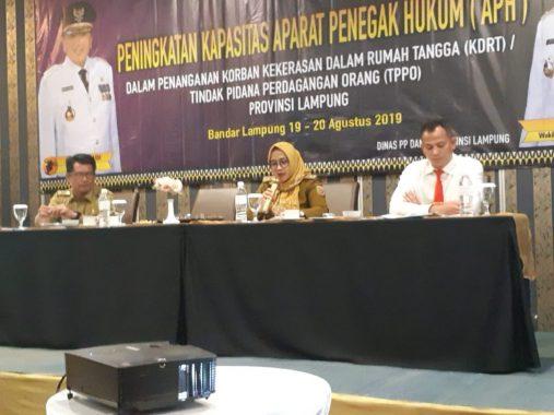Massa Pusat Perjuangan Rakyat Lampung Demo di Kantor Pemprov Lampung