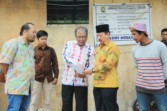 Pecah! Iwan Fals Tampil Konser Kemenangan D'Star Indosiar