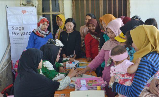 Rumah Zakat Lampung Bagikan PMT di Kedaung