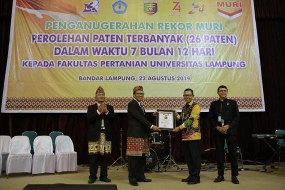 Pecahkan Rekor MURI, Unila Dapat Apresiasi Pemprov Lampung