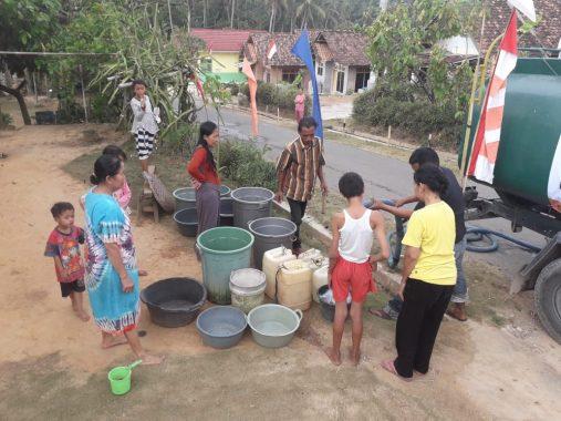 ACT Lampung Buat Sumur Wakaf Atasi Kekeringan Pesawahan